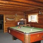 Elk Island Lodge - Gods Lake